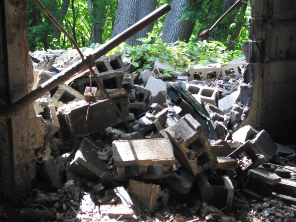 Approximation of what rubble may look like.